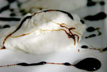 Mascarpone Mousse with Balsamic Vinegar Caramel